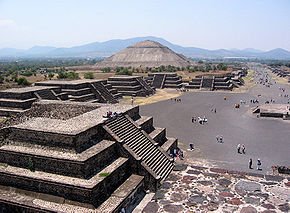 https://i1.wp.com/upload.wikimedia.org/wikipedia/commons/thumb/4/40/Mexico_SunMoonPyramid.jpg/290px-Mexico_SunMoonPyramid.jpg