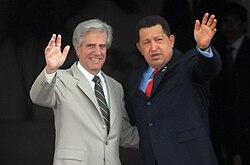 Vázquez with Hugo Chávez