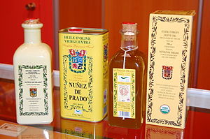 English: Aceite de oliva de la denominación de...