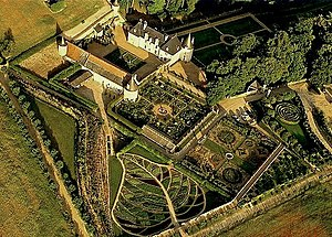English: arial view of the Gardens of la Chato...