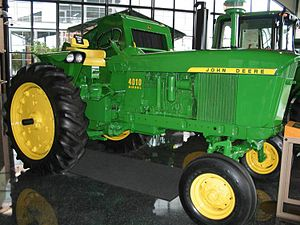 English: John Deere 4010 Diesel (model manufac...