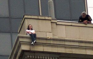 Young woman's near attempt to jump off the Dav...