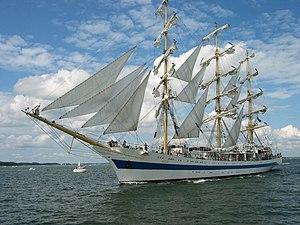 """""""Mir"""" sailing from Turku."""