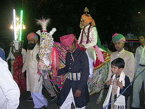 Arrival of the bridegroom, dressed as a prince...