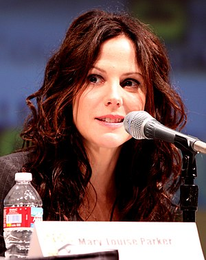 English: Mary-Louise Parker at the 2010 Comic-...