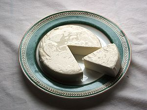 English: Queso fresco - an unaged white cheese...