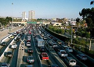 English: Looking towards Tijuana from South Sa...