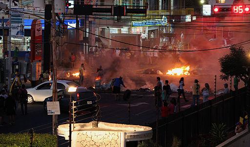 Venezuela protests against the Nicolas Maduro government, Maracaibo 03