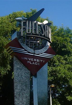 English: Full sail university sign