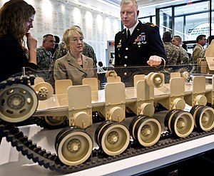 English: U.S. Army Maj. Gen. Galen Jackman bri...