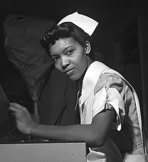 A student nurse in the United States (1942)