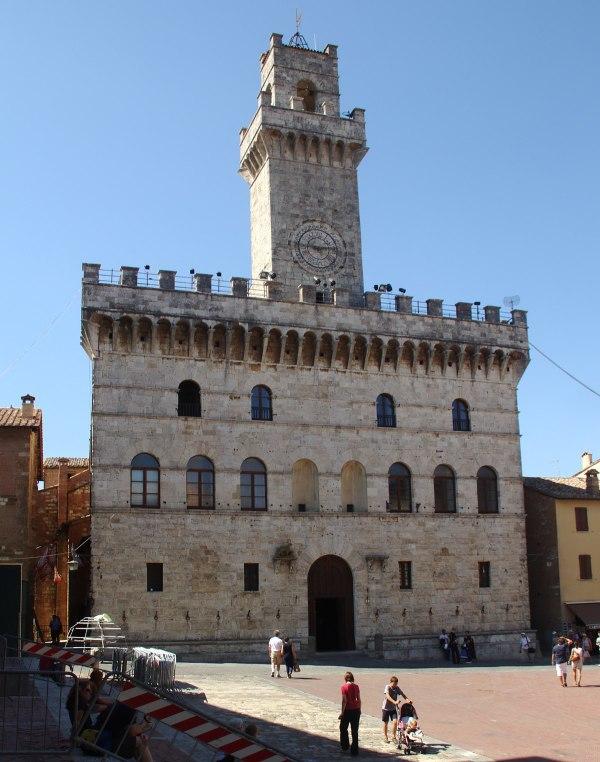 Montepulciano Travel guide at Wikivoyage