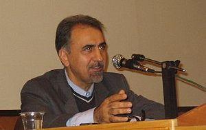 Mohammad Ali Najafi lecturing at Sharif Univer...