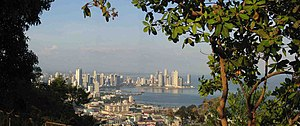 A view of Panamá City from the Cerro Ancón, Ap...