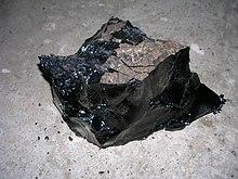 https://i1.wp.com/upload.wikimedia.org/wikipedia/commons/thumb/4/45/Refined_bitumen.JPG/220px-Refined_bitumen.JPG?w=1540&ssl=1