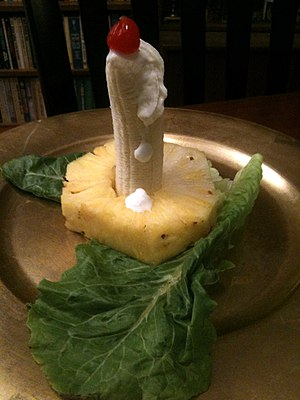 Prepared candle salad