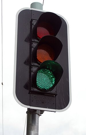 English: LED traffic light in Forest Hill, New...