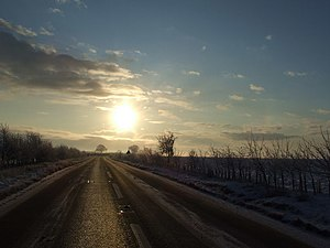 English: Morning Sun Looking south east into t...