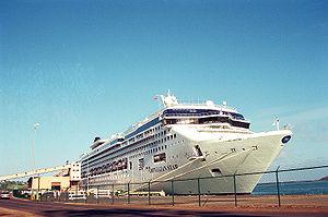 Norwegian Star Cruise docking in Kauai, 2002