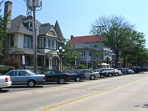English: A street in Ocean Grove, New Jersey. ...