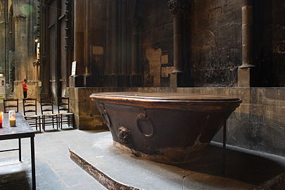 Fonts Baptismaux Wikipdia