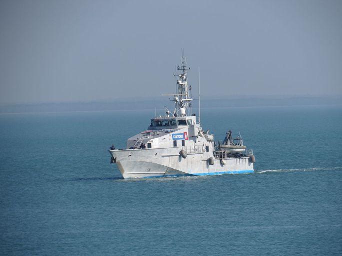 Australian Customs Vessel ACV30 Botany Bay returns to Stokes Hill Wharf