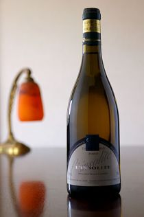 A French wine from Saumur made from Chenin bla...