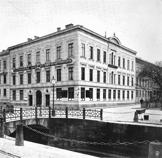 Gauthiod-huset, Västra Hamngatan 10