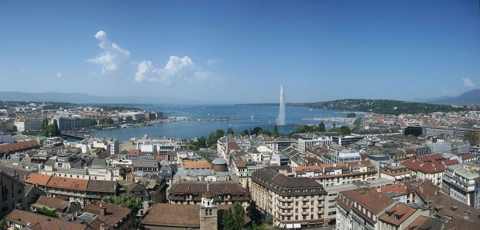 Panorama from Cathédrale Saint-Pierre de Genève - panoramio
