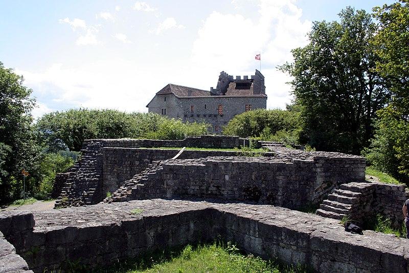 Datei:Schloss Habsburg July 21st 2005.jpg