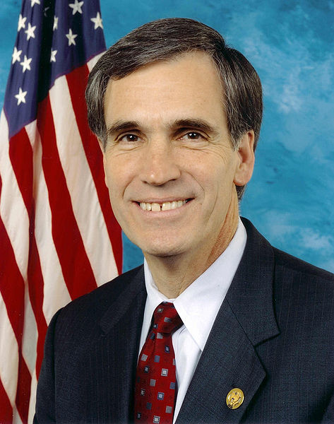 https://i1.wp.com/upload.wikimedia.org/wikipedia/commons/thumb/4/4a/Tom_allen_congress.jpg/473px-Tom_allen_congress.jpg