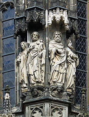 English: Aachen Cathedral. One of several grou...