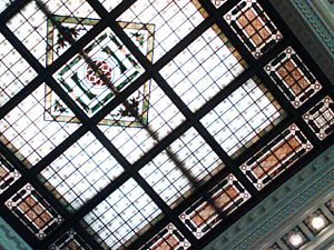 English: Gorgeous ceiling of the Hoboken Termi...