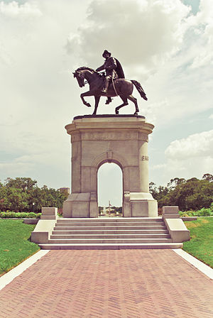 English: A statue of Sam Houston in Memorial H...