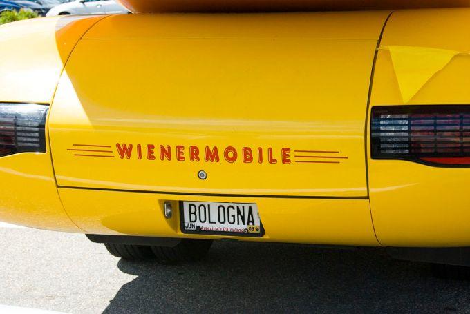 """Résultat de recherche d'images pour """"""""Wienermobile"""""""""""