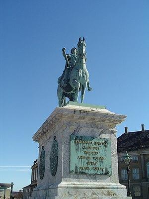 Jacque Saly's monumental sculpture of Frederik...