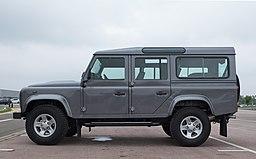 Land Rover Defender 110 Station Wagon 2016 - left side