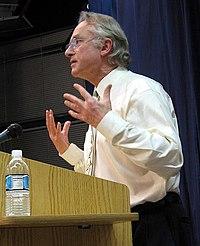 Richard Dawkins hablando en la librer�a Kepler's Books, Menlo Park, California, 29 de octubre de 2006.