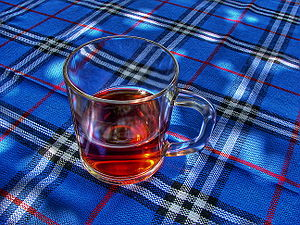 English: A Glass of Tea. Français : Une tasse ...