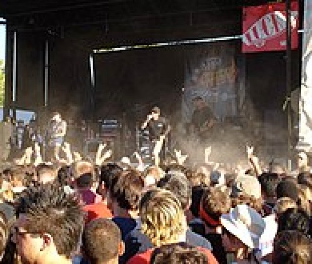 Pennywise Performed On 8 Of The First 16 Warped Tours