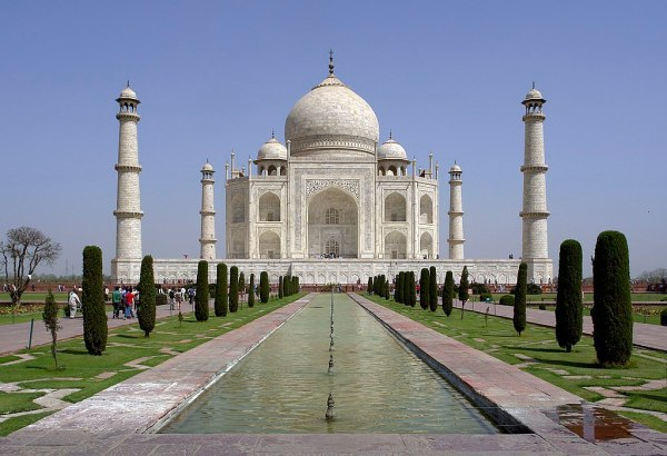 File:Taj Mahal, Agra, UP, India.jpg - Wikimedia Commons
