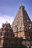 Thanjavur temple.jpg