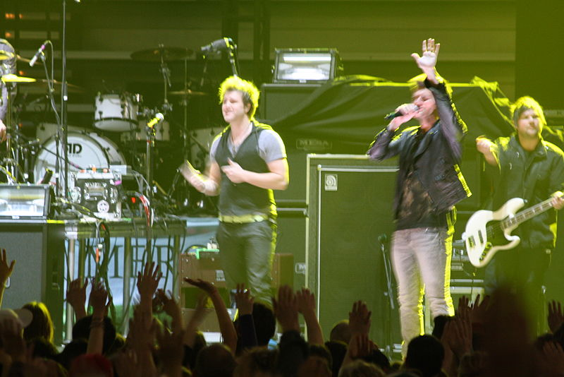File:AnthemLights2Road&WorshipRoadshow2011.jpg