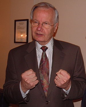 US journalist and commentator Bill Moyers