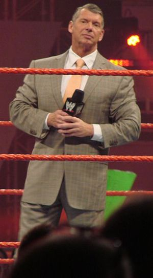 English: Vince McMahon at a WWE Raw event. Bra...
