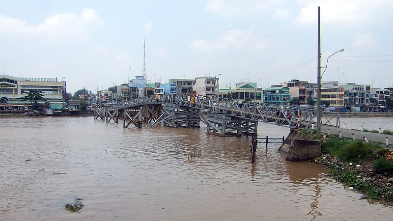 File:Vietnam BenTre Bridge.jpg