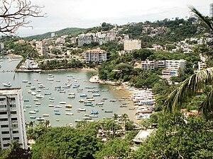 Español: Playa Manzanillo en Acapulco, Guerrer...