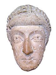 Teodosio II (identificación dudosa).