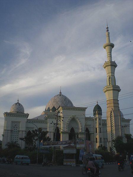 File:Masjid Raya Makassar.JPG