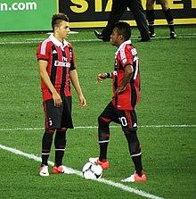 El Shaarawy (a sinistra) e Robinho